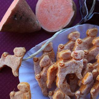 Biscotti di patate dolci, croccanti e di un colore brillante